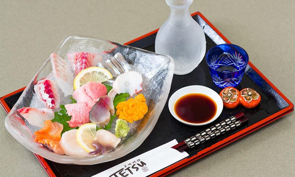 Assorted fresh sashimi